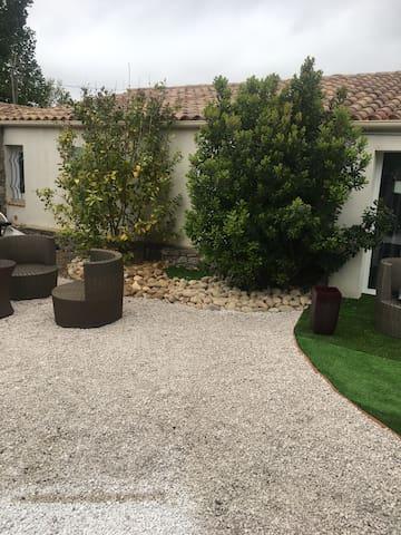 Villa petit Mas à l abri dès regard - Sérignan - Haus