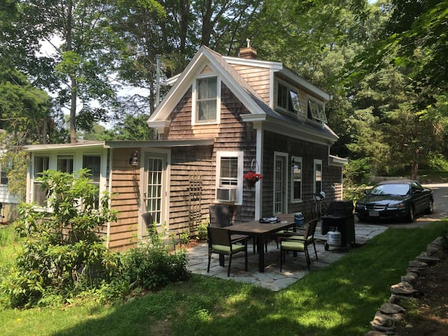 Small cottage on quiet lane - Duxbury - Hus