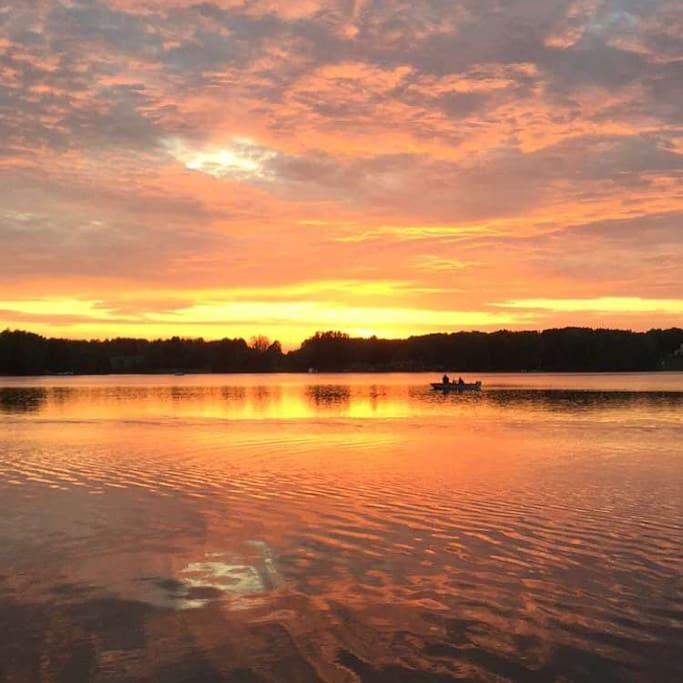 Gorgeous Sunset views on Big Lake
