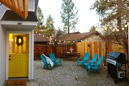 Modern Big Bear Cabin, 5-10 minutes to attractions