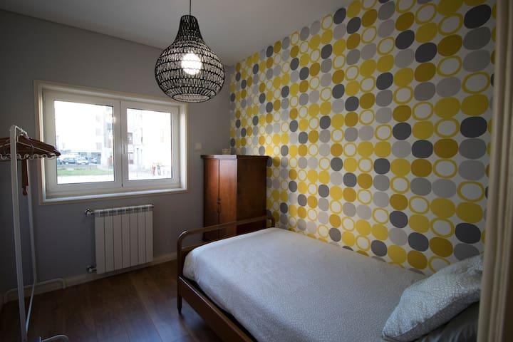 Bedroom #4 (single room)