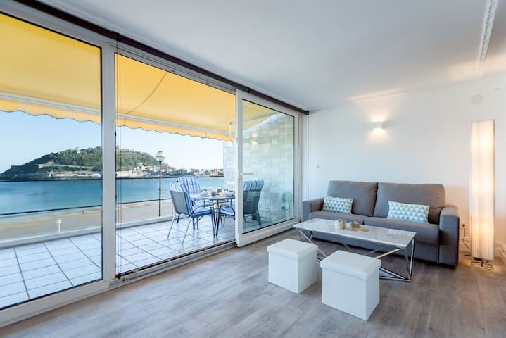 Relax frente a La Concha,vistas,parking. - San Sebastián - Haus