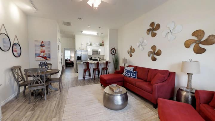Beautiful Beach Getaway 1BR/1Bath Walking Distance to Beach and Packery Channel
