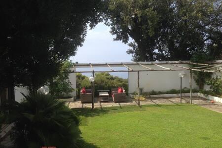splendida villa al mare - Punta Rossa - 別荘