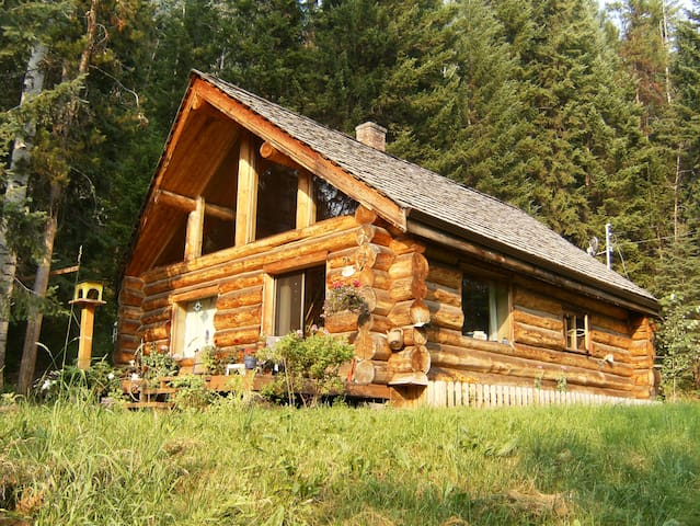 Cariboo Log Home Vacation Rental - Horsefly - Casa