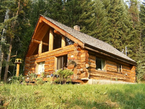 Cariboo Log Home Vacation Rental