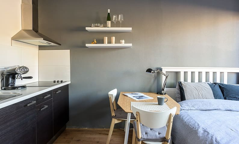 Private room with kitchen - Amsterdam - Daire