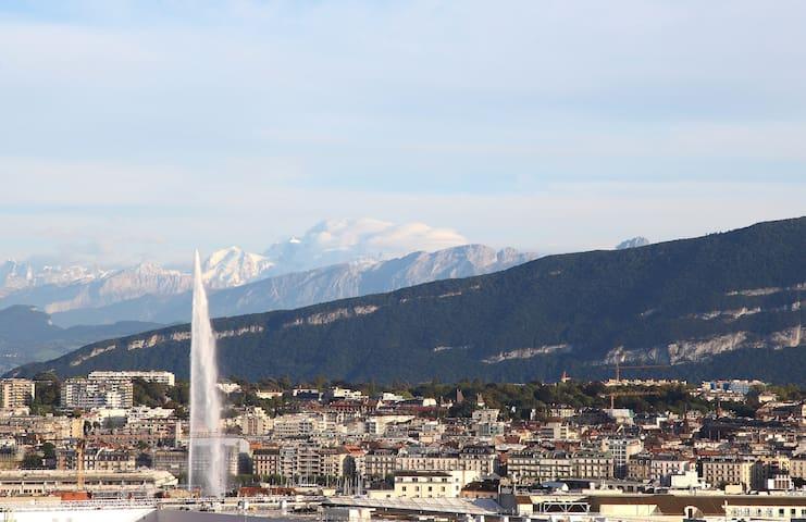 Suite overlooking Geneva & Mt Blanc - Genève - Appartement