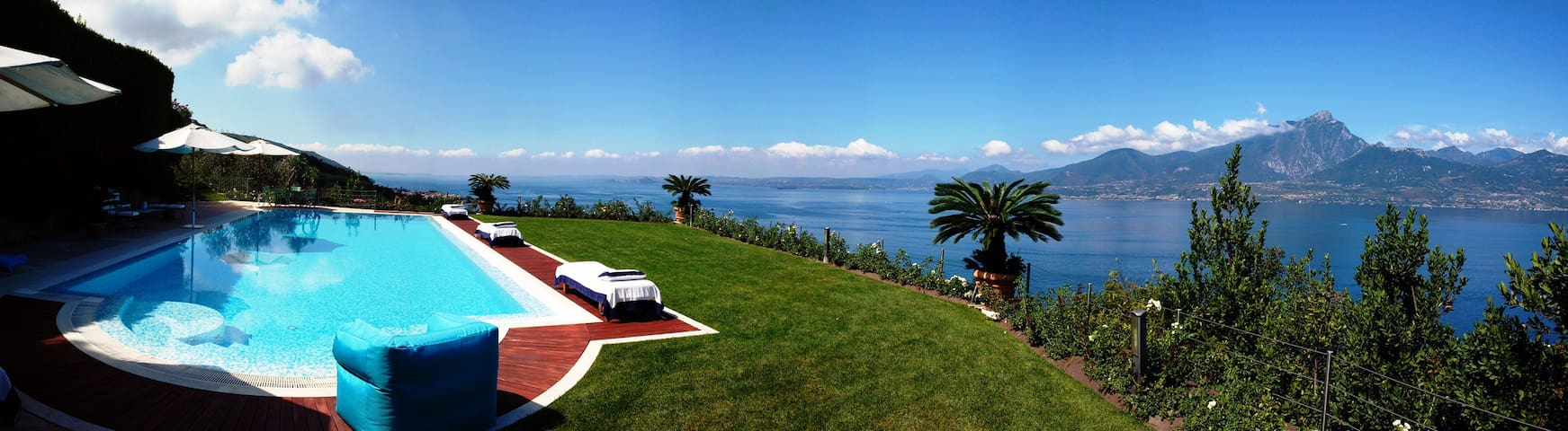 Large swimming pool with stunning view