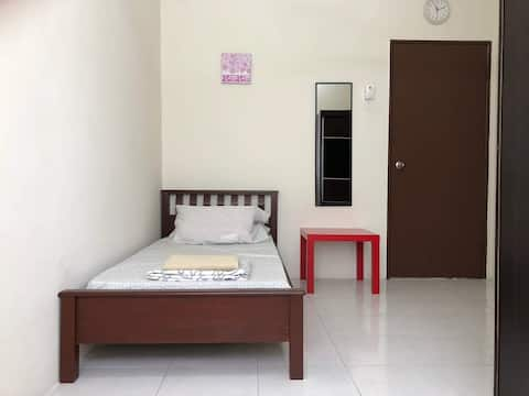 Single Room @ UiTM Puncak Alam