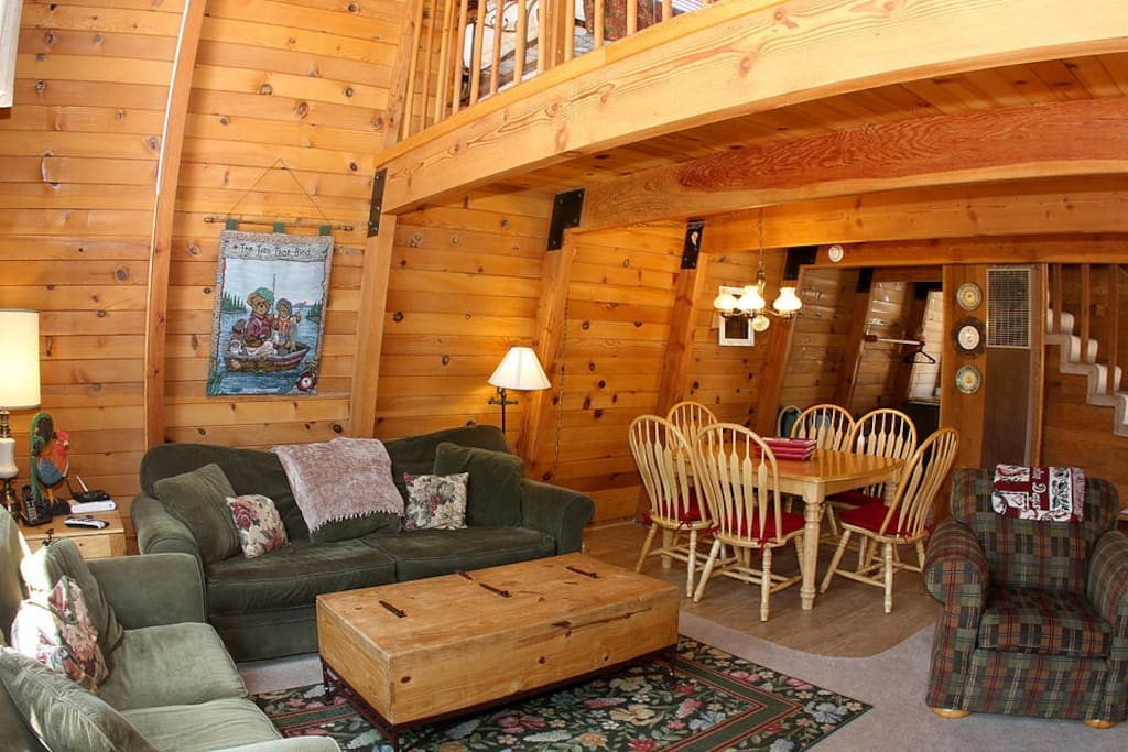 Big bear escape 500 feet from slopes chalet in affitto a for Cabine di noleggio in big bear ca