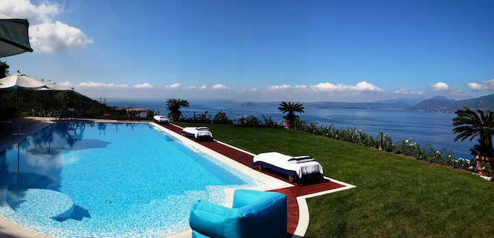 Lake Garda luxury studio with pool
