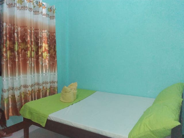 Coron Private Rooms --NEW--