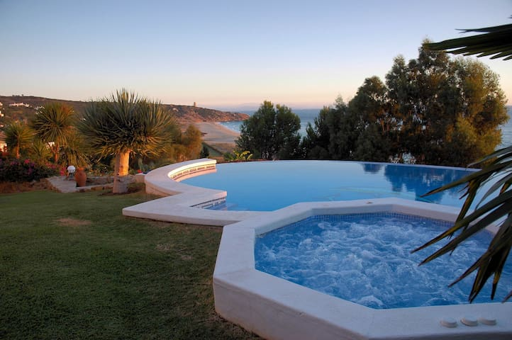 Luxury Villa with fantastic beach - Campo de Gibraltar - Villa