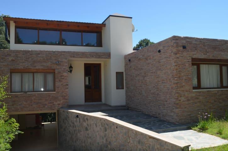 Anbaumë casa de Sierra