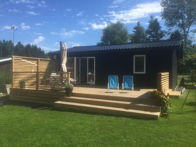 Väldisponerad stuga 300m från havet - Nynäshamn - Sommerhus/hytte