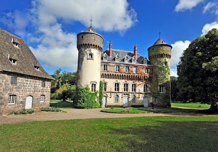 Castle of Sedaiges - Midi Bedroom - Marmanhac