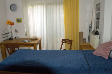 Nice, central room with courtyard - Rethymno