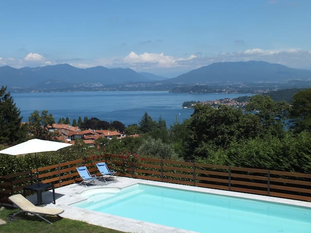 Amazing view over Lake Maggiore - Dagnente - Hus