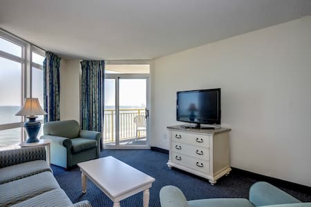 1215 Baywatch Resort - Apartment