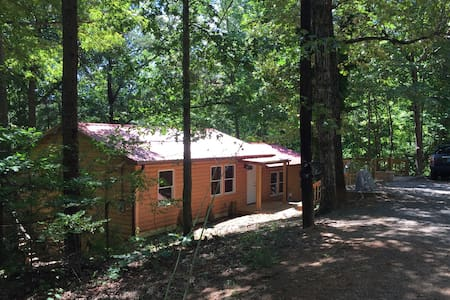 Comfortable Cabin Near Lake - Lake Lure - Haus