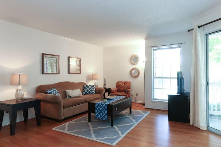 Comfortable & Spacious 2BR near DC - McLean - Apartmen
