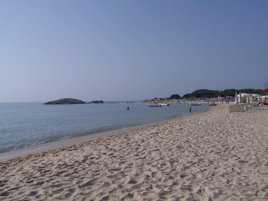 spiaggia Santa Giusta a 6 minuti da casa