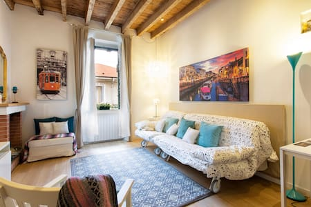 Charming New Loft near Metro3! - Milano