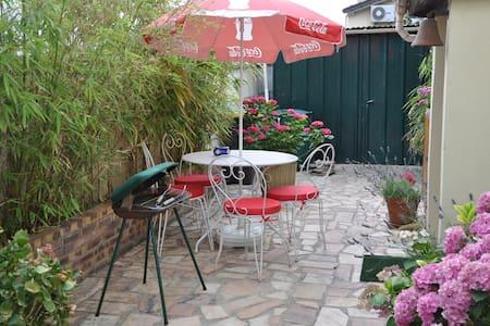 Studio near Paris and Disneyland - Neuilly-sur-Marne