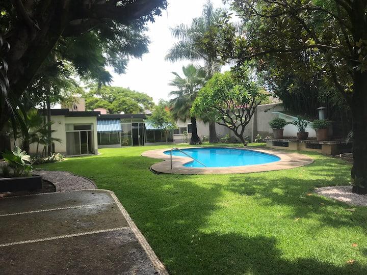 Casa de la Tibu. Acogedora y súper ubicación.