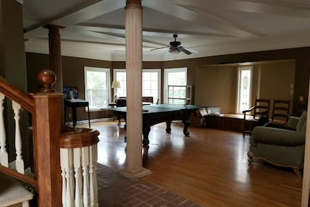 Rec Room in Historic Carriage House - House