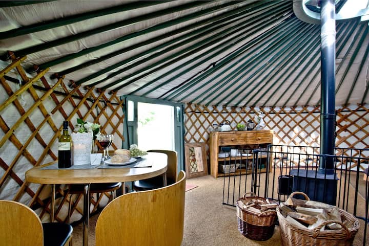 Yurt 6, East Thorne Farm
