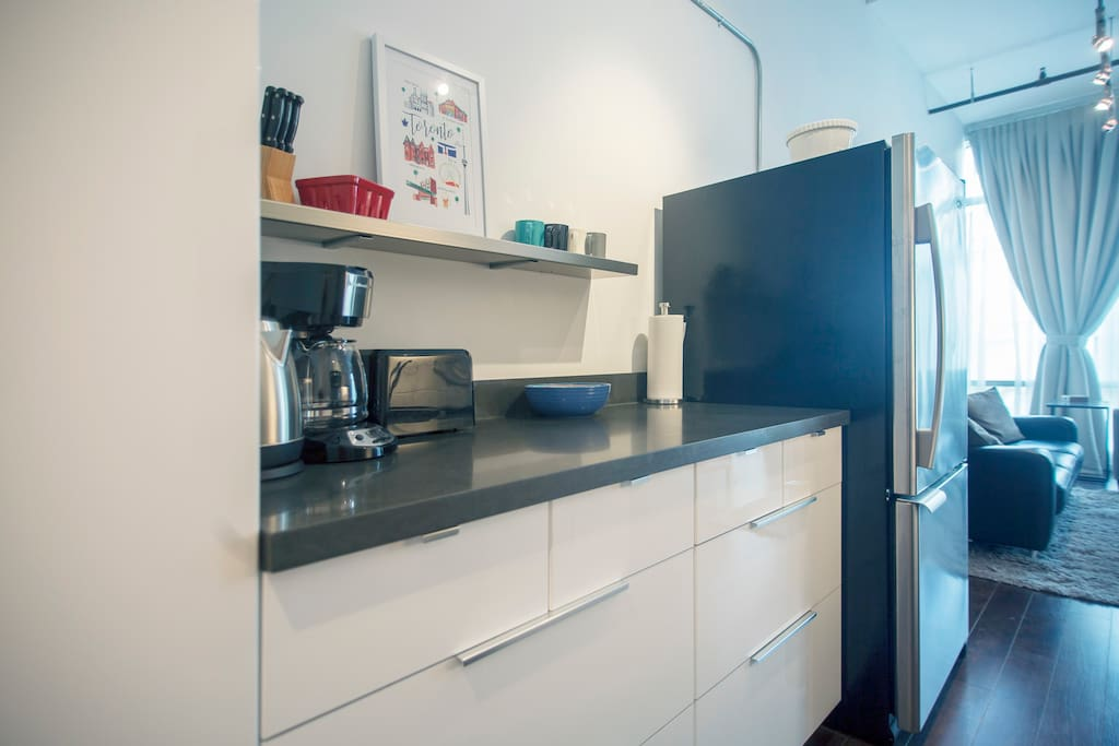 A modern kitchen with all the fixings