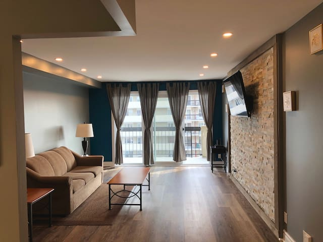 Modernly Spacious Private Condo With Stunning View