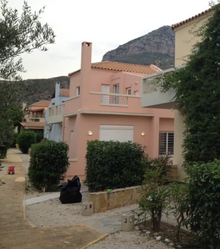 Kamari House 50m from the Beach