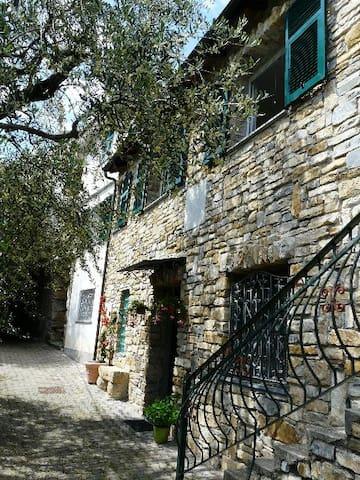 Apartment with garden - Riva Faraldi - Apartment