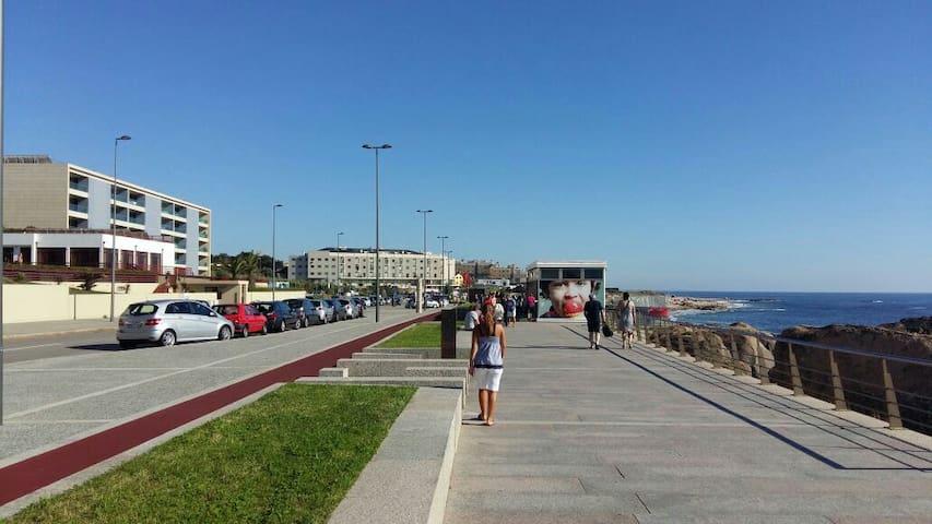 Porto Gaia, Apt 2 rooms,50m beach+Private Terrace - canidelo  - Departamento