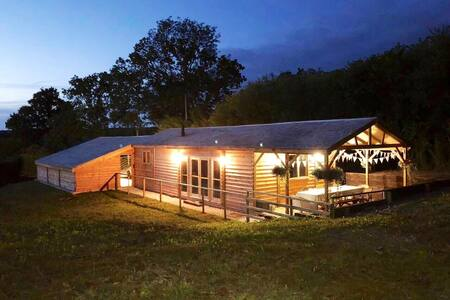 The Cabin Devon rural retreat perfect for couples.
