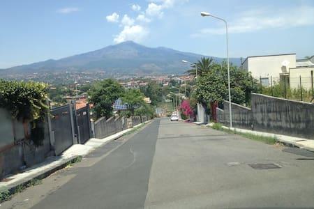 Appartamento in villa fronte Etna - Valverde