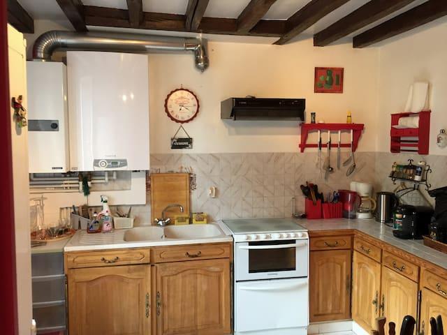 House with garden Burgundy - Malicorne - Huis