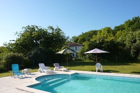 Traditional farmhouse with pool - Lisle-sur-Tarn