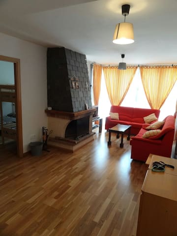 Apartamento en el Pirineo Aragones - Escarrilla - Appartement