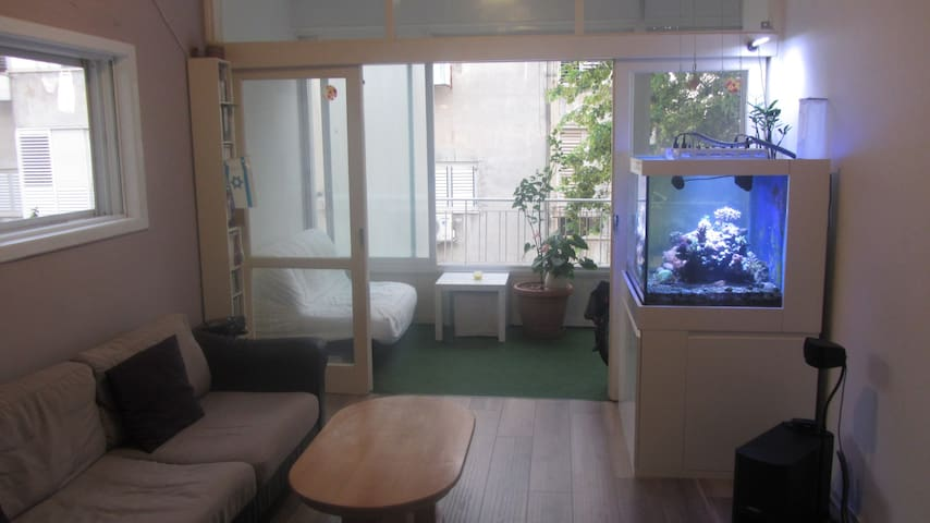 Nice flat close to the beach - Bat Yam - Daire