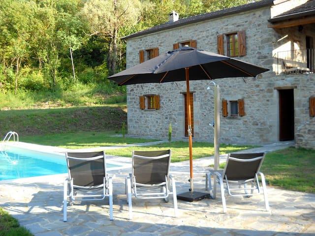 Casa la Brugna landhuis met zwembad - Baselica - Huis