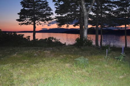 Classic cottage on Little Cranberry Island - Cranberry Isles