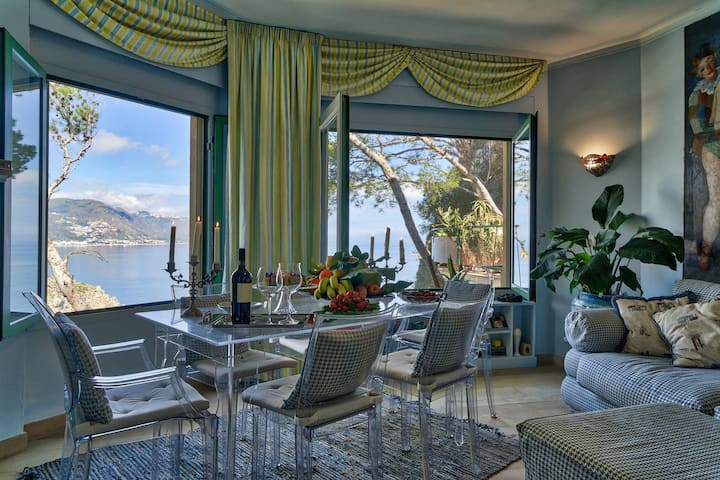 Luxury apartment and charm  sea view Isola Bella