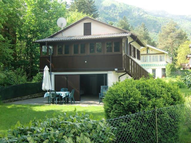Casa indipendente con veranda vista lago - Molina di Ledro - 別荘