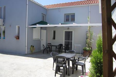 Ammoudia Residence: House 1 - Αμμουδιά - Rumah