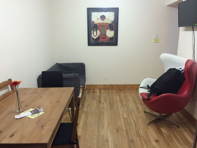 2 BR in Times Sq: The heart of NYC