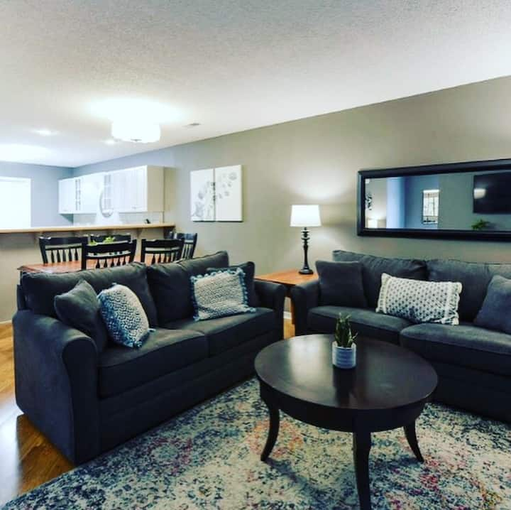 The Comfort Queen. 2bd/2ba Condo in Pointe Royale!